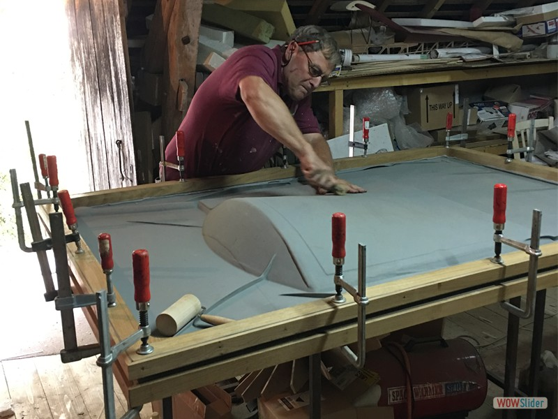 Forming the side panels