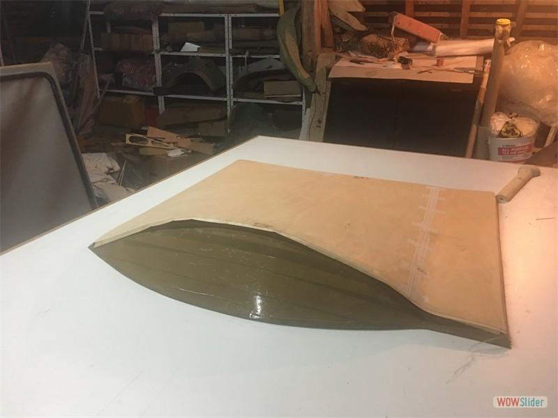 Vacuum jig for side panels